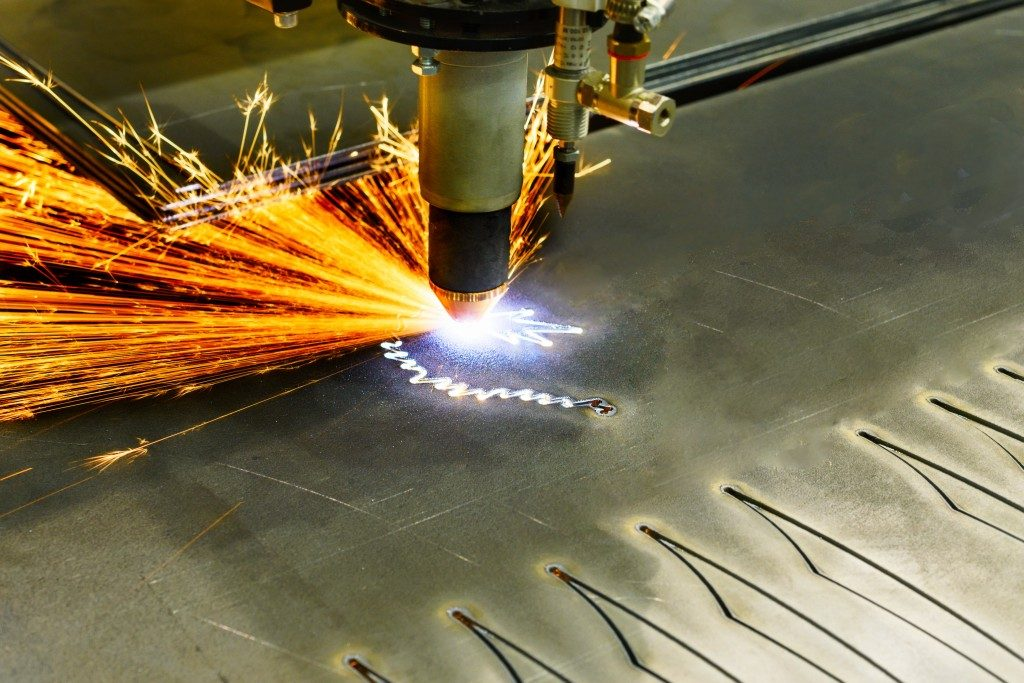 Plasma cutting machine during operation